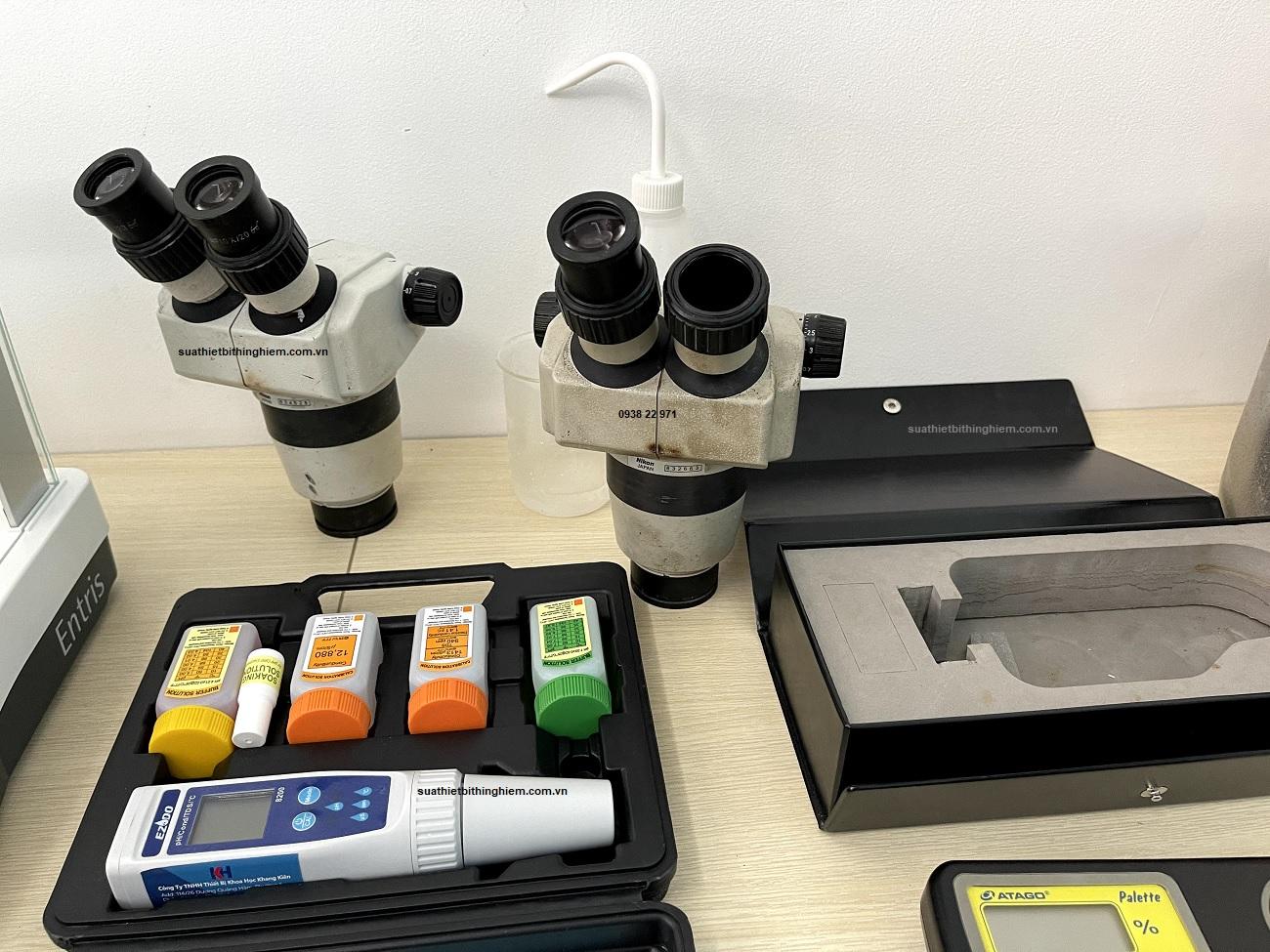 Bảo trì kính hiển vi soi nổi Nikon