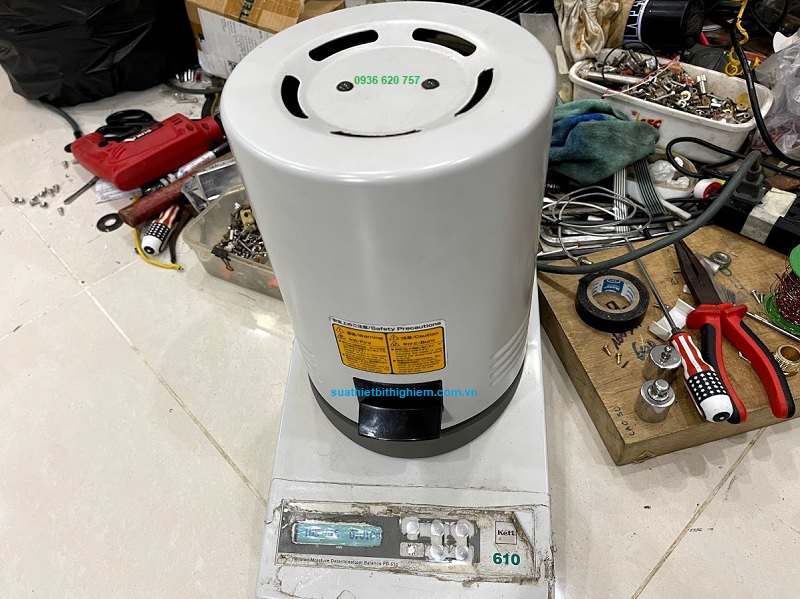 Sửa chữa cân sấy ẩm Kett FD-610